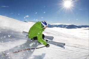 skiing man race